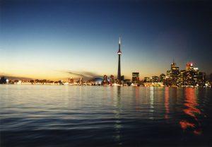 Toronto_Skyline_at_dusk