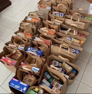 Food packs in Puerto Rico
