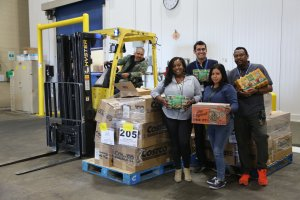 LA Food Bank receiving donation