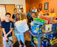 Food donations at El Centro