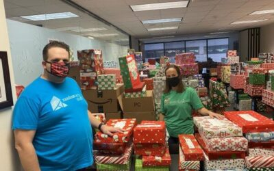 SantAccountants Help Children In Need Celebrate the Holidays